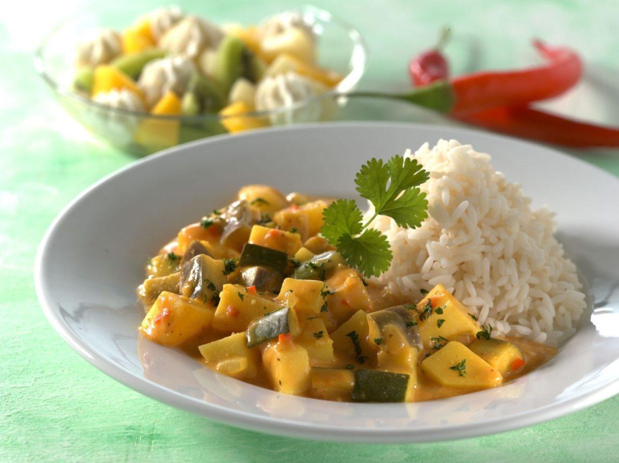 Geschmortes Joghurtgemüse mit Reis - BCM Diät Rezepte.ch