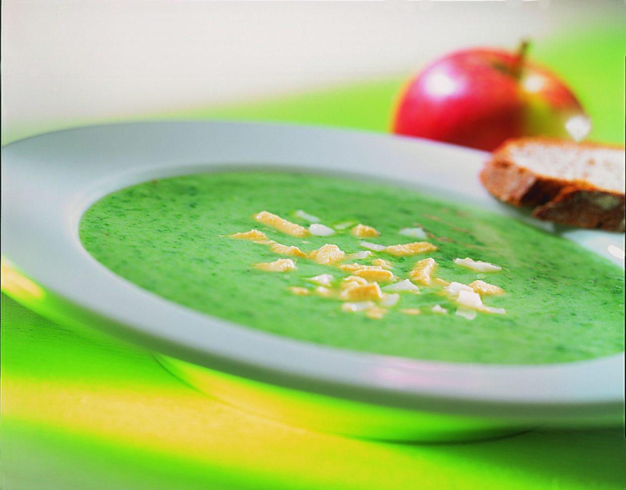 Spinat-Buttermilch-Suppe - BCM Diät Rezepte.ch