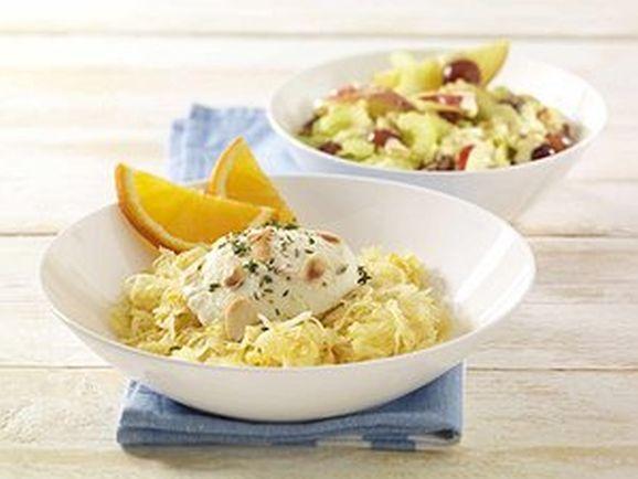 Orangen-Sauerkraut mit gratiniertem Ziegenfrischkäse und Apfel-Sellerie-Salat - BCM Diät Rezepte.ch